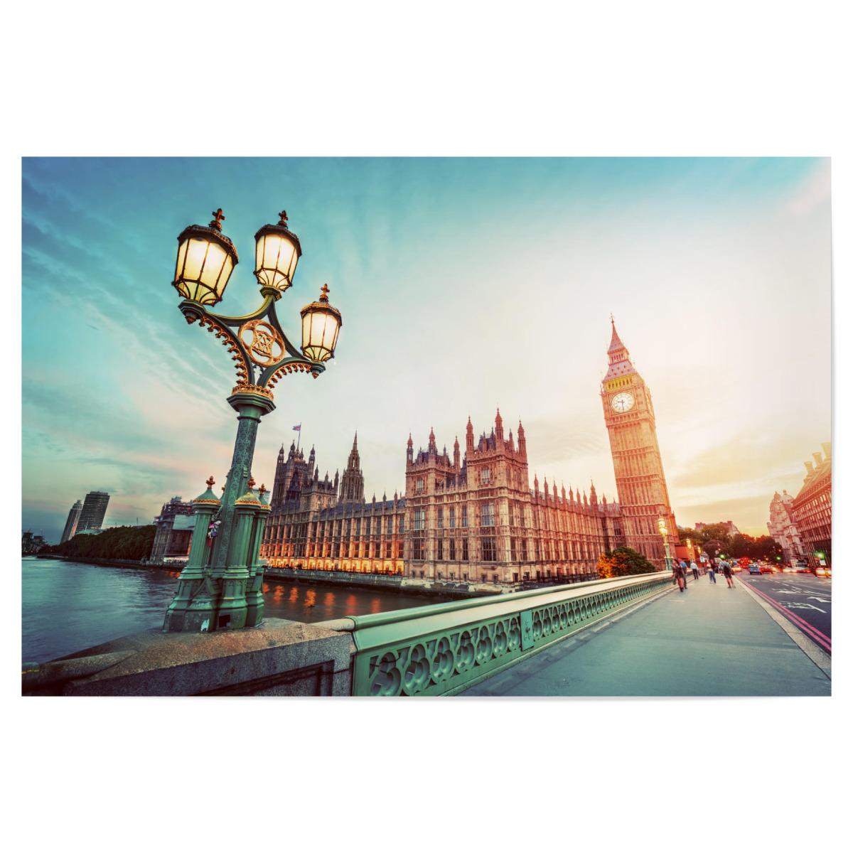 Purchase the Big Ben, London the UK at sunset. Retro street lamp ...