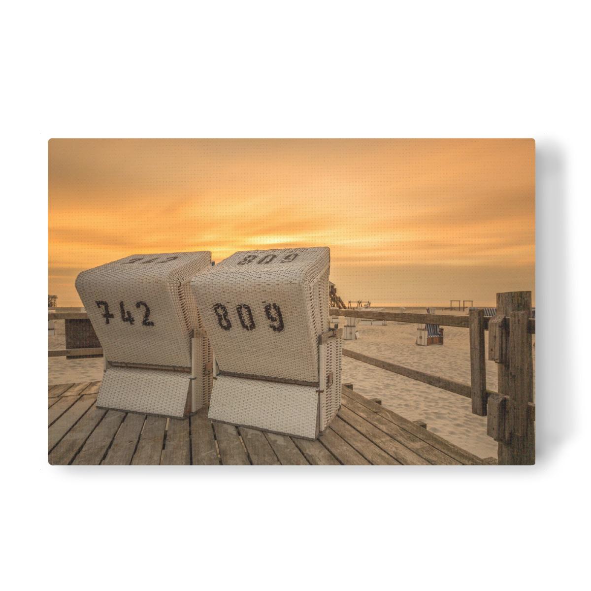Strandkorb sonnenuntergang  Strandkorb Nordsee Sonnenuntergang als Leinwand bei artboxONE kaufen