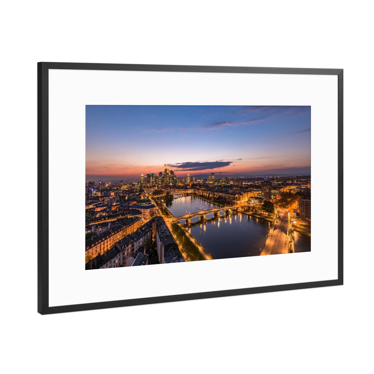 Frankfurt Skyline als Gerahmt bei artboxONE kaufen