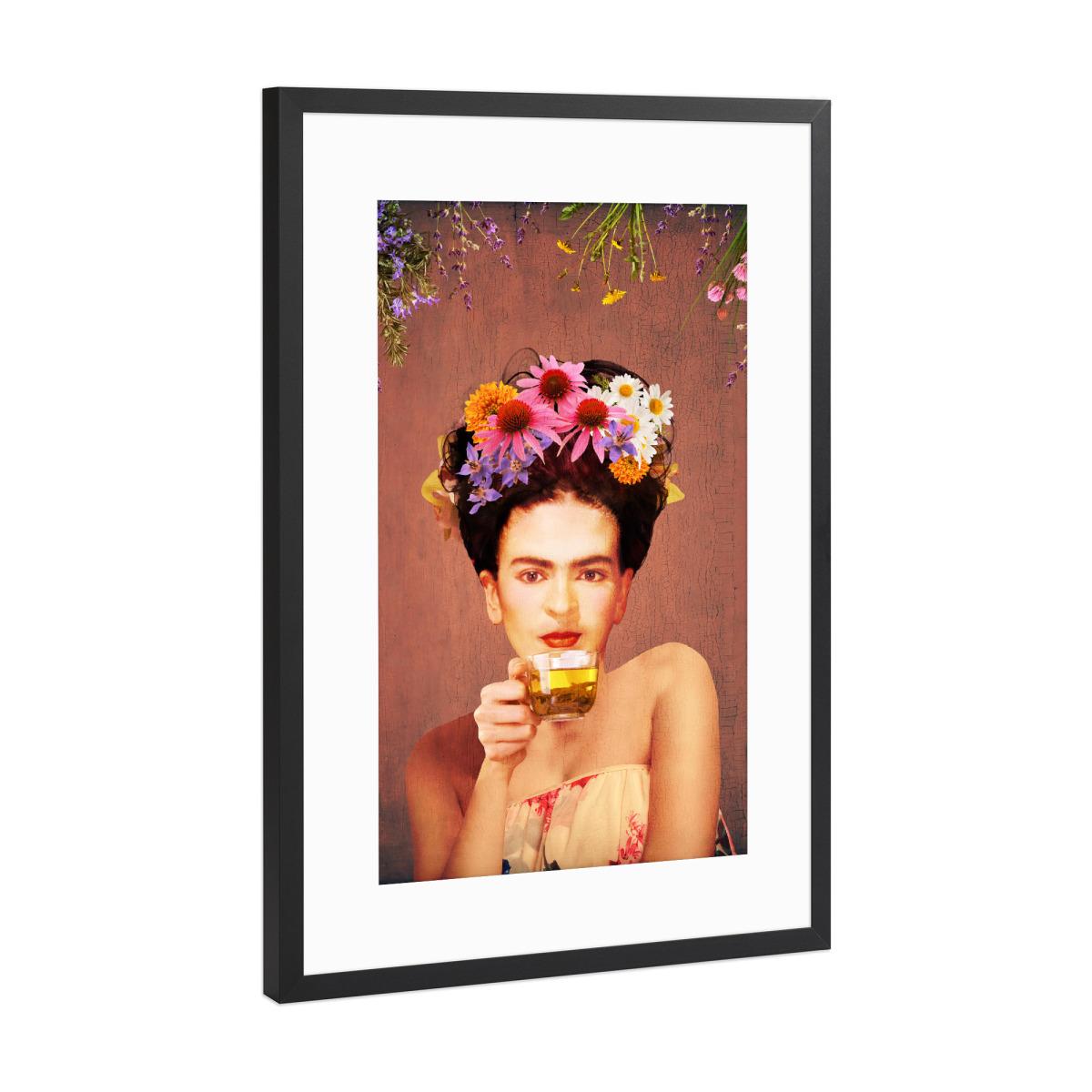 Frida Drinking Tea als Gerahmt bei artboxONE kaufen